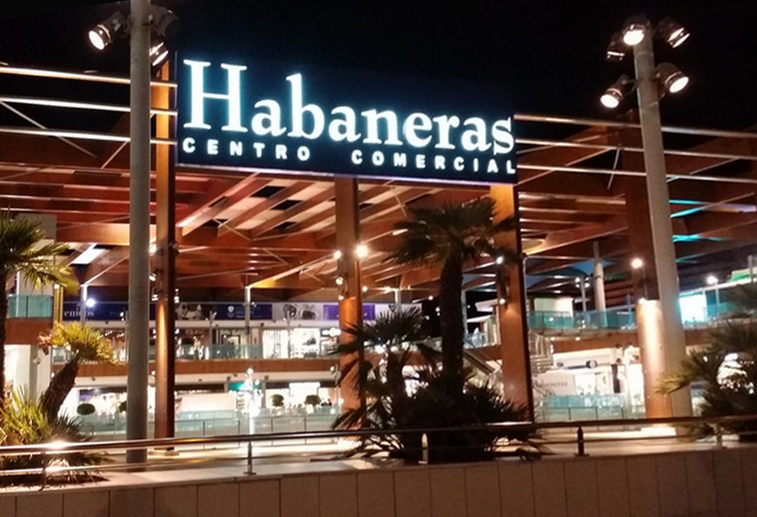 centro comercial habaneras berwintern in spanien. Black Bedroom Furniture Sets. Home Design Ideas